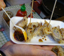 Vancouver_night_marketpotstickers_2