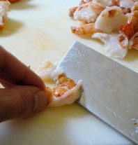 Cutting_shrimp_at_angle